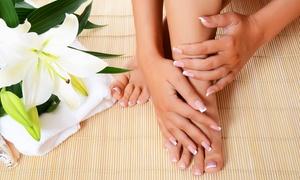 PARIS CENTRO ESTETICO (catania): 3 o 5 manicure e pedicure con smalto semipermanente (sconto fino a 76%)