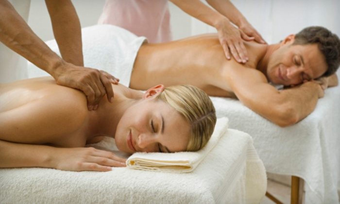 Massage Works - South Quincy: $79 for a 60-Minute Couples Massage at Massage Works ($160 Value)