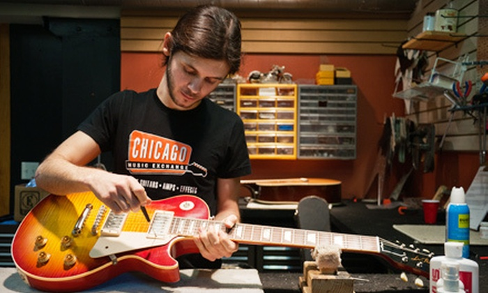 Chicago Music Exchange - Lakeview: $25 for an Acoustic- or Electric-Guitar or Bass Setup and 40-Point Inspection at Chicago Music Exchange ($50 Value)