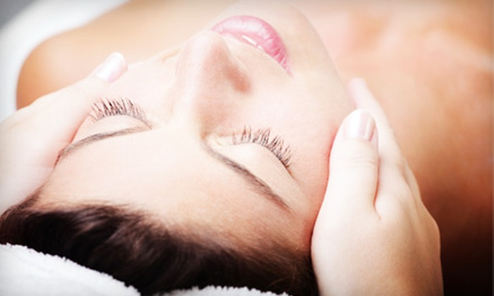 Q Laser Center - Downtown Honolulu: $40 for a One-Hour Rejuvenating Facial at Q Laser Center ($80 Value)