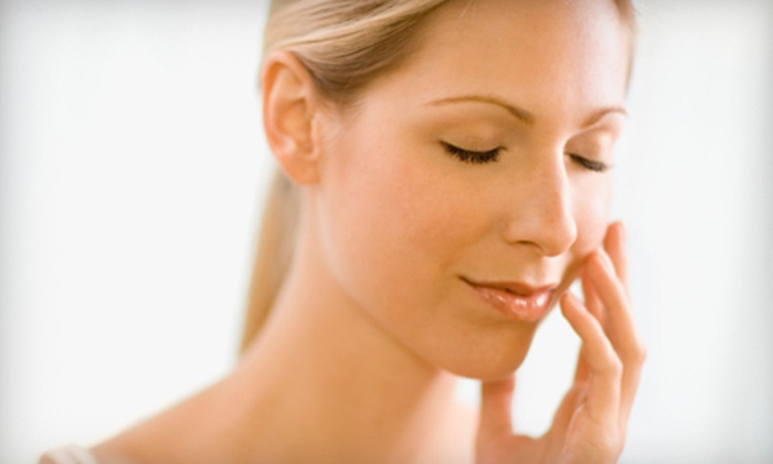 Diva Beauty - Multiple Locations: $10 for Eyebrows, Upper Lip, and Chin Threading at Diva Beauty ($20 Value)