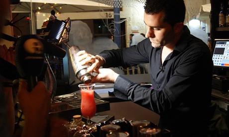 2 cócteles y aperitivo por 5,95 € en Shao Lounge Bar Oferta en Groupon