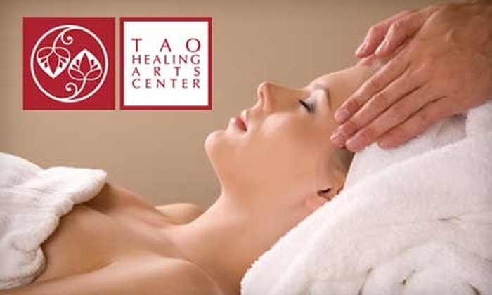 Tao Healing Arts Center - Ocean Park: $45 for a One-Hour Massage of Your Choice Plus Infrared Sauna at Tao Healing Arts Center in Santa Monica ($95 Value)