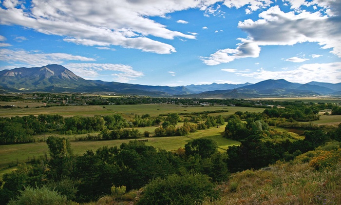 La Veta Inn - Colorado Springs: $99 for a Two-Night Stay for Two with Three-Course Dinner at La Veta Inn in Colorado (Up to $316 Value)