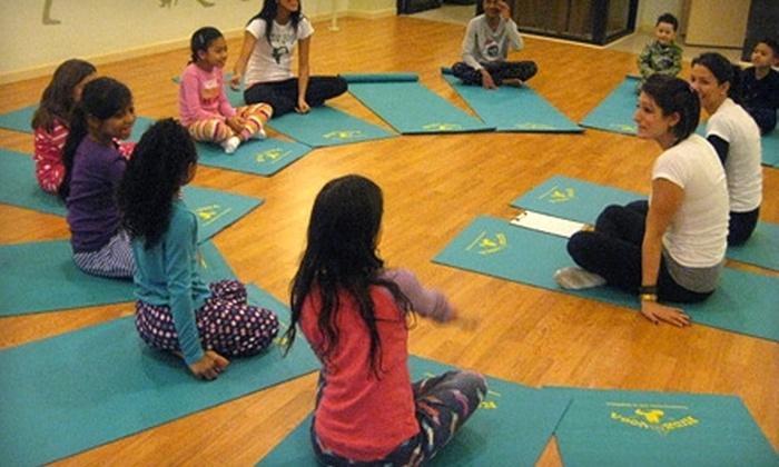 Gym-azing! - Ditmars Steinway: $19 for Three Kids' Fitness Classes ($45 Value) or $29 for Three TRX Classes ($90 Value) at Gym-azing! in Astoria
