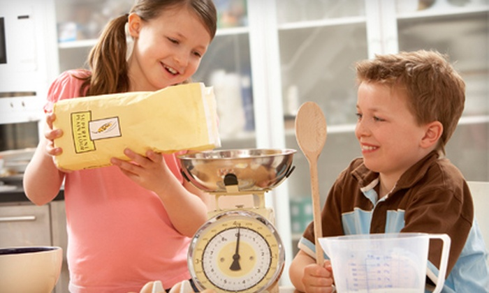 Bundt Cake Cravings - Downtown: $22 for a Two-Hour Kids Can Bake Class at Bundt Cake Cravings ($46.61 Value)