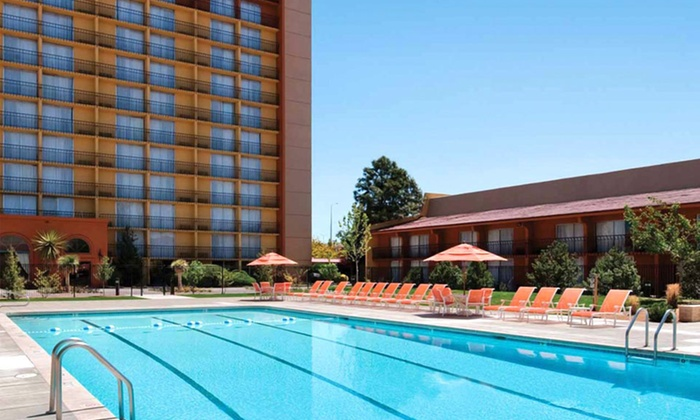 Crowne Plaza Albuquerque - Albuquerque: $74 for a One-Night Stay at Crowne Plaza Albuquerque (Up to $159 Value)