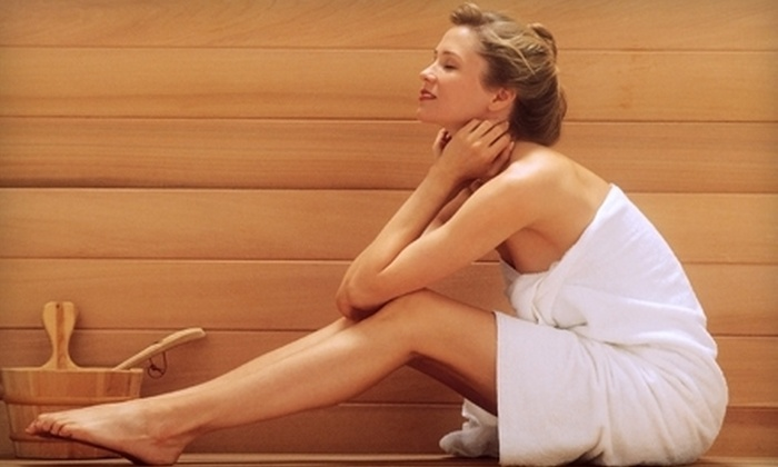 Aromas Therapy - Doral: One, Two, or Four Infrared-Sauna Sessions With Spa-Jet Treatments at Aromas Therapy in Doral (Up to 75% Off)