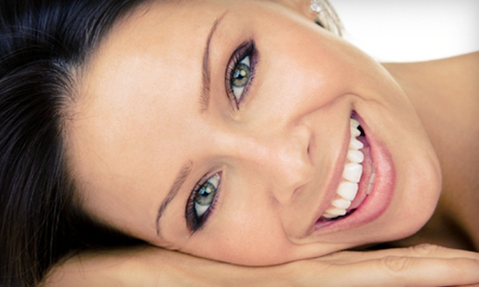 Complete Dentistry of Orland Park - Villa Re'al: $99 for Zoom Teeth Whitening at Complete Dentistry of Orland Park ($450 Value)