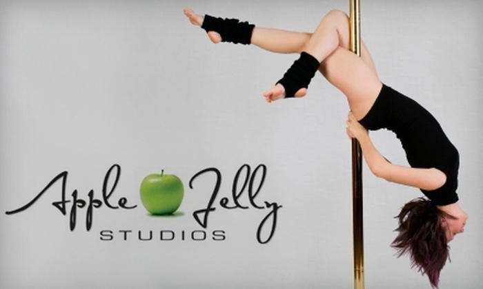 Apple Jelly Studios - Sarasota: $40 for a Pole-Dancing Class Sampler Package at Apple Jelly Studios in Sarasota ($100 Value)