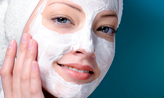 FaceLuXe - Cheval: $29 for a Glyco Peel and Reveal with a 15-Minute HydroLuXe Session at FaceLuXe ($89 Value)