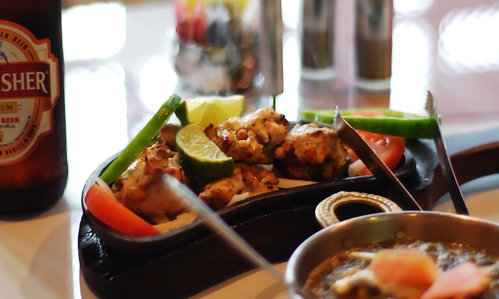 Taj Palace - Brentwood - Highland: $12 for $20 Worth of Indian Food for Dinner at Taj Palace Indian Restaurant & Bar