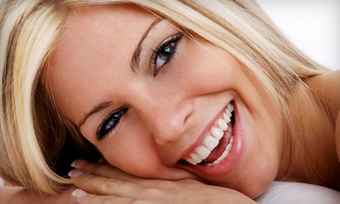 Buttonwood Dental - New Bedford: $79 for a Sinsational Smile Teeth-Whitening Treatment at Buttonwood Dental in New Bedford ($199 Value)
