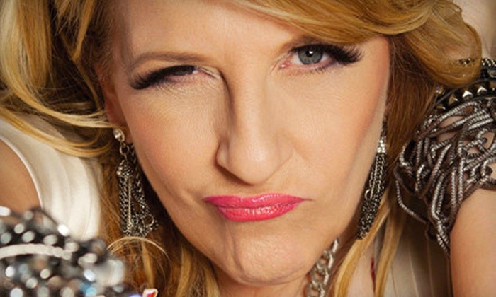 Lisa Lampanelli - Fox Theater at Foxwoods Resort Casino: $26 for One Ticket to Lisa Lampanelli at MGM Grand Theater at Foxwoods in Mashantucket on November 19 (Up to $53.50 Value)
