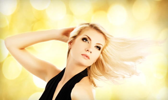 Taina Salon - Ditmars Steinway: $25 for Blowout and a Kérastase Conditioning Treatment at Taina Salon in Astoria ($60 Value)
