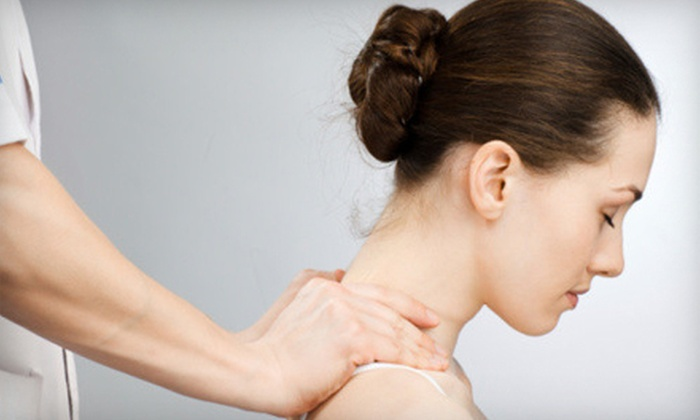 Dynamic Chiropractic Center - Miami: $45 for a Four-Visit Chiropractic Treatment Package at Dynamic Chiropractic Center ($490 Value)