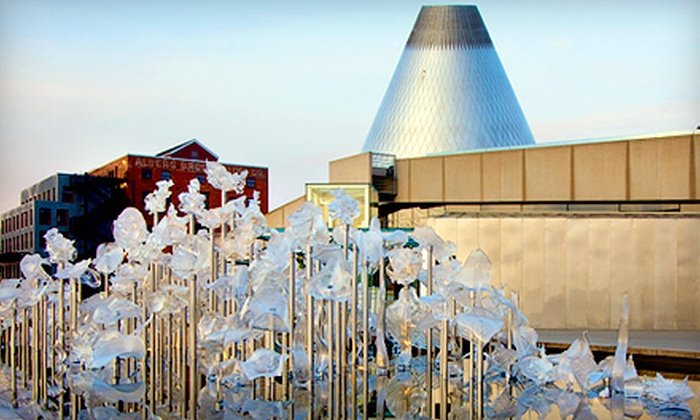 Museum of Glass - New Tacoma: Outing for Two or One-Year Family Membership to Museum of Glass in Tacoma