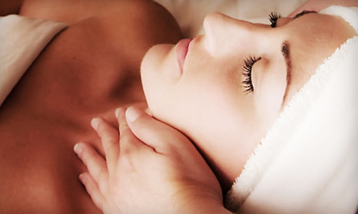 Surface Esthetics - Del Mar Heights: 30-, 60-, or 90-Minute Customized Signature Facial at Surface Esthetics in Del Mar