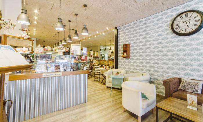 Magnolia Kasa25 Alicante Cafe