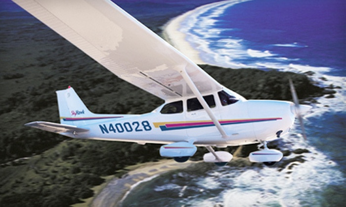 Wings Aloft BFI - Georgetown: Introduction to Flying Package with Training and Plane Rental or Introductory Flight Lesson from Wings Aloft (Half Off)