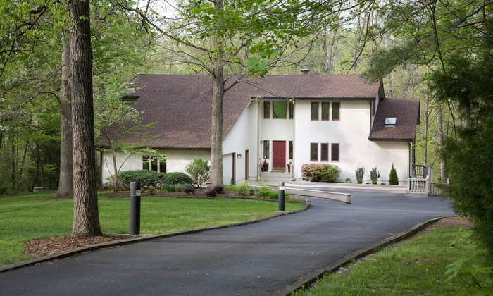 Smith Linestriping & Seal Coating - Detroit: $523 for $950 Worth of Driveway Paving — Smith Line Striping and Seal Coating