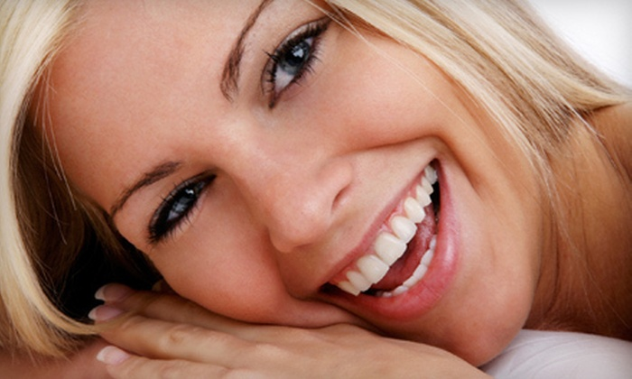 Mobile Whites - Downtown Savannah: $59 for a Self-Administered In-Office Teeth-Whitening Treatment at Mobile Whites ($329 Value)