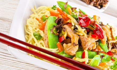 Menú asiático take away de wok o sushi con entrante para dos personas desde 14,95 € en Wok Vs Sushi Oferta en Groupon
