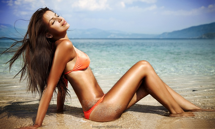 Shear Majik Salon - Red Hill: 10 Tanning Sessions or Choice of 20 Tanning Sessions and One Month of Tanning at Shear Majik Salon (73% Off)
