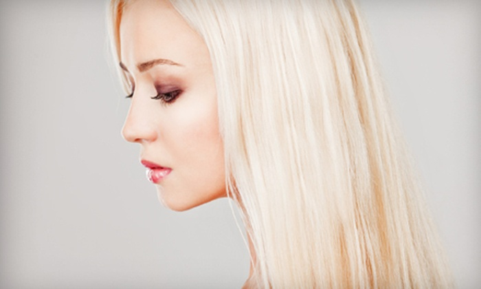 Blondis Hair Salon - Blondis Hair Salon 10025: $40 Toward Haircuts, Skincare, and Cosmetics