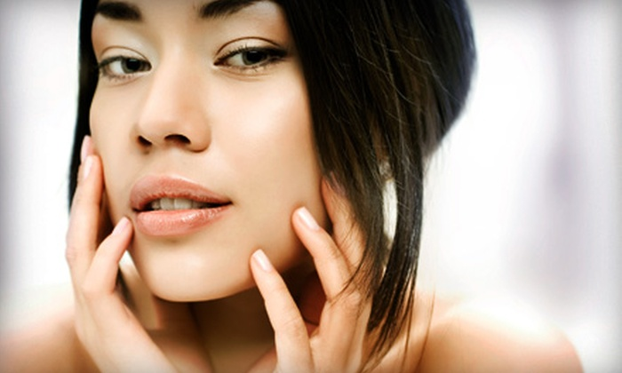 Lexington ENT - Upper East Side: $110 for One-Hour Custom Facial with Chemical Peel at Lexington ENT ($250 Value). Neck- and Chest- Chemical Peel Also Available.