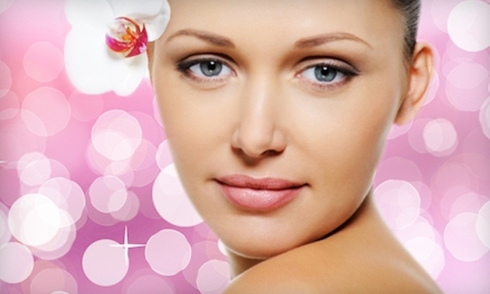 Alpha Beauty Clinic - Windy Hill: $49 for a Pink-Champagne Facial at Alpha Beauty Clinic ($105 Value)