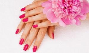 Glitter Sas di Emilia Pietraccetta: 3 o 5 manicure e pedicure con smalto a scelta in zona Cairoli da Glitter Sas di Emilia Pietraccetta (sconto fino a 86%)