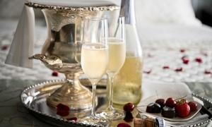 """Rendez-Vous Zen: Rituel """"Joyeuses Fêtes"""" pour 2 personnes avec champagne ou modelage d'1h au choix dès 35,90 € chez Rendez-Vous Zen"""
