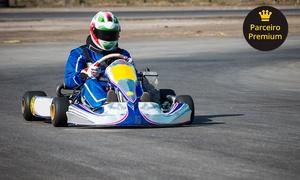Pró-Kart: 25 minutos de corrida de kart p/ 1, 5, 10 ou 15 pessoas no Pró-Kart – Farroupilha. Use o código CLIENTE10 e ganhe+10%off