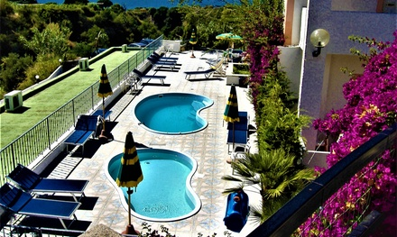 Ischia: fino a 5 notti in camera Standard, mezza pensione e Spa Castiglione Village & Spa