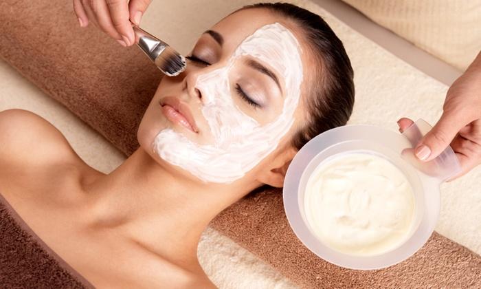 Henna threading salon - Milpitas: 30-Minute Massage and Facial at Hennatherdingsalon (17% Off)