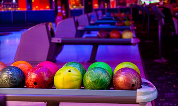 Dunedin Lanes - Dunedin: $25 for Unlimited Cosmic Bowling for Up to Five with Shoe Rental and Popcorn at Dunedin Lanes (Up to $74 Value)