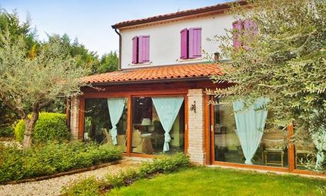 Mantova: fino a 3 notti in camera matrimoniale con colazione per 2 persone all'Agriturismo Corte Rocca