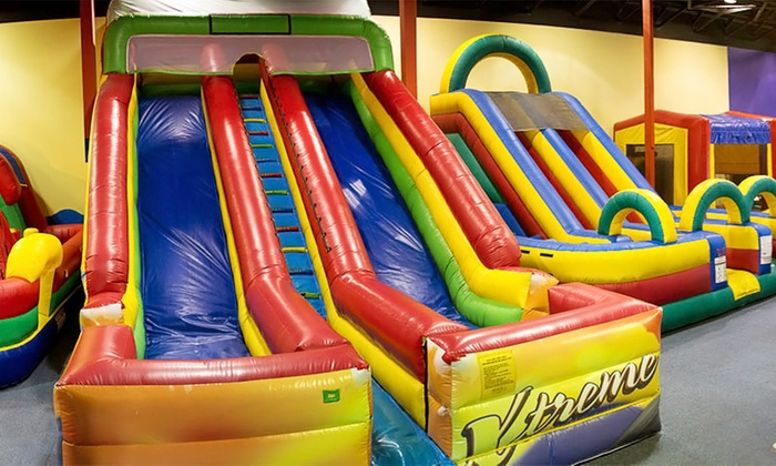 JR Funnigans Jump N Play - Avon: $22 for Five All-Day Bounce Passes at Jump N Play ($40 Value)