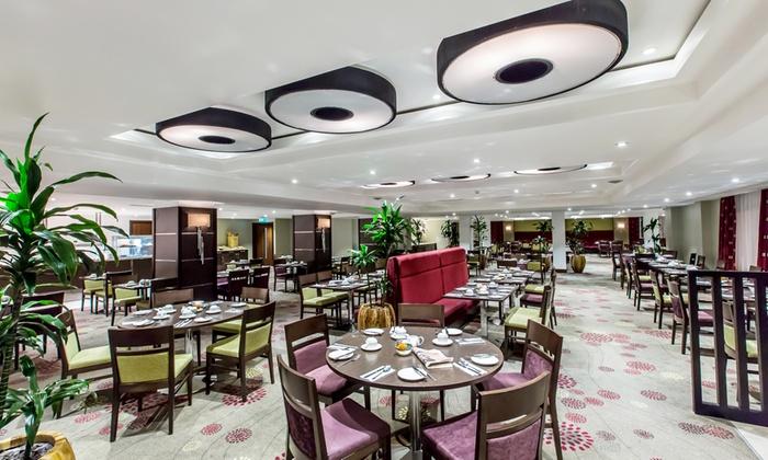 Kensington close hotel and spa groupon for Abaka salon groupon