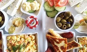 Mainkai Cafe: Frühstück und frisch gepresster Orangensaft für 2 Gäste im Mainkai Café für 19 €
