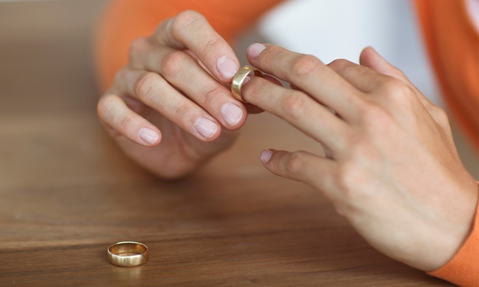 Busy Bee Jewelry - Massapequa Park: $27 for Cleaning, Polishing, and Rhodium for One Gold Ring at Busy Bee Jewelry ($60 Value)