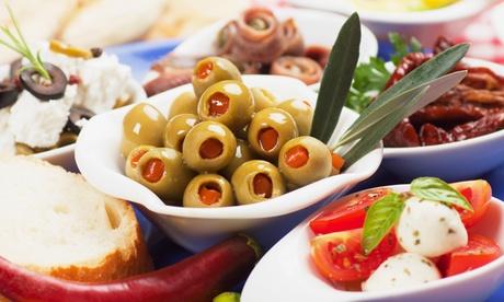 Tapas-Frunch-Platte mit Dessert und Sangria für zwei Personen im Casa Conzuela (56% sparen*)