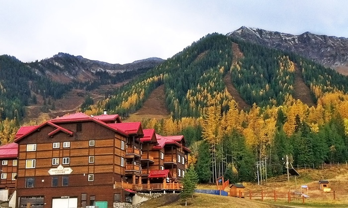 Cornerstone Lodge - Fernie, BC: Stay at Cornerstone Lodge in Fernie, BC, with Dates into November