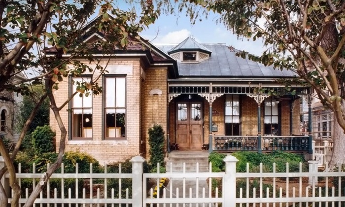 The Jackson House - King Williams District,Downtown: Two-Night Stay in an Upstairs or Jacuzzi Room at The Jackson House in San Antonio
