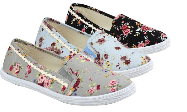 Ladies' Swift Floral Canvas Pumps in