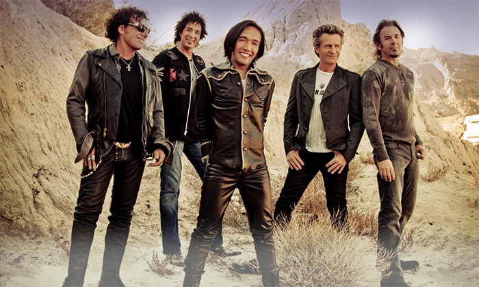 Journey & Steve Miller Band - Hollywood Casino Amphitheatre: $25 to See Journey and Steve Miller Band at First Midwest Bank Amphitheatre on Saturday, July 12 (Up to $45.50 Value)