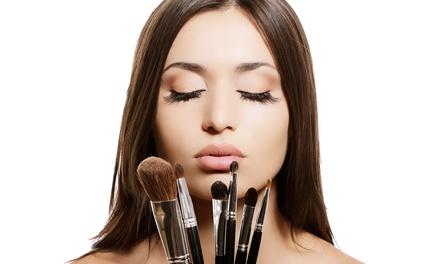 2 Stunden Make-up-Workshop inklusive 1 Glas Prosecco in der Bellessa-Academy ab 29,90 € (bis zu 64% sparen*)