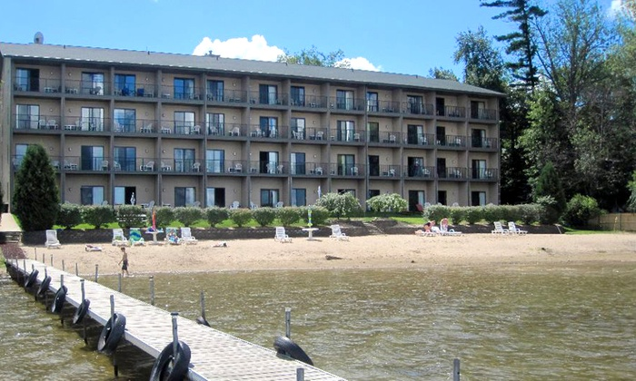 Beachfront Hotel - Houghton Lake, MI: 1- or 2-Night Stay for Two at Beachfront Hotel (Up to 50% Off)