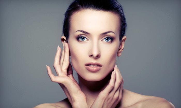 Luxe de Vil Salon - Lincoln Park: One 60-Minute Custom Facial or Three Facials Plus $20 Gift Card at Luxe de Vil Salon (Up to 61% Off)